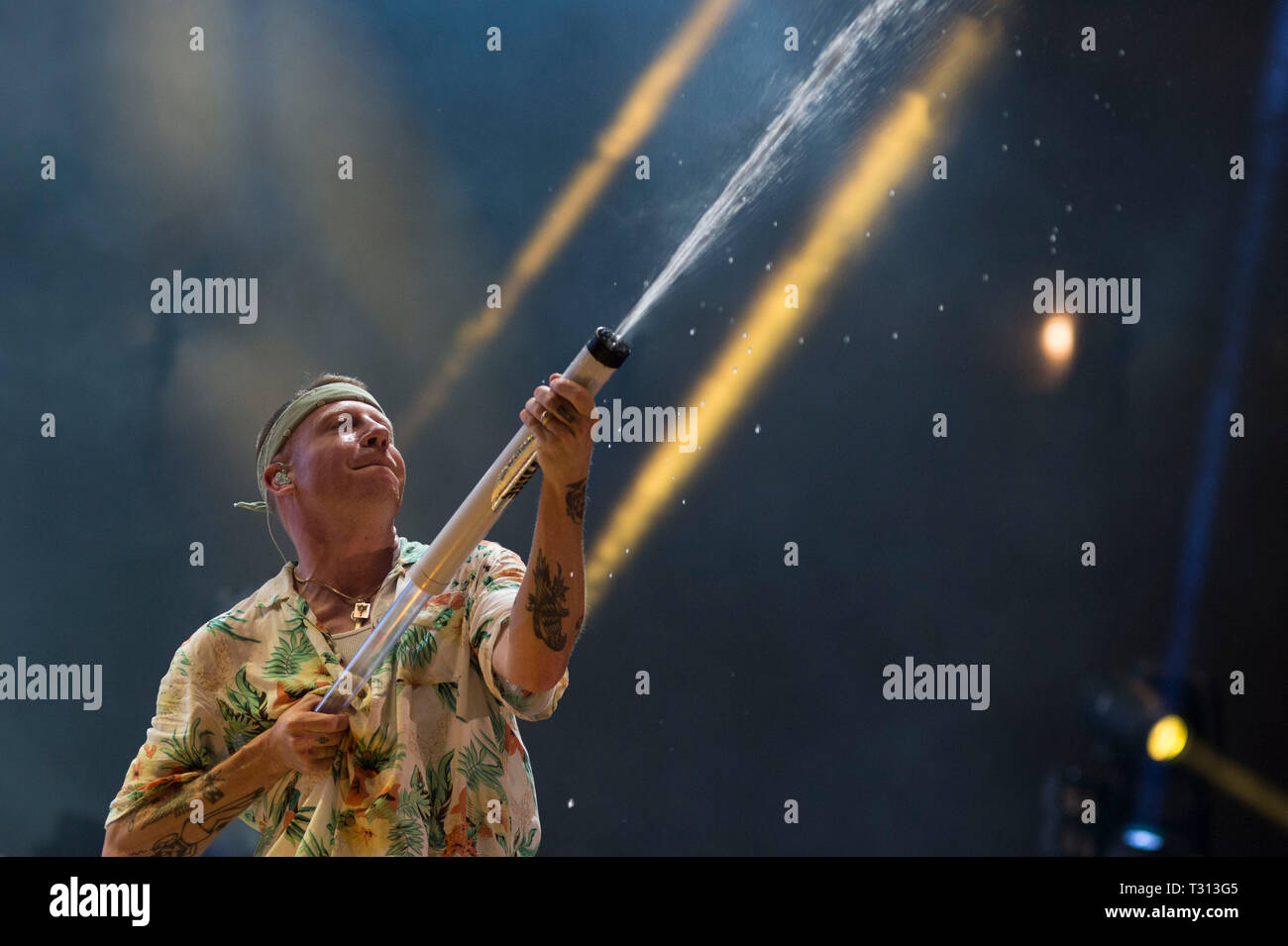 Sao Paulo, Brazil. 05th Apr, 2019. Macklemore performs at the Lollapalooza 2019 festival, held at the Autodromo de Interlagos in São Paulo on Friday, 05. (PHOTO: LEVI BIANCO/BRAZIL PHOTO PRESS) Credit: Brazil Photo Press/Alamy Live News - Stock Image