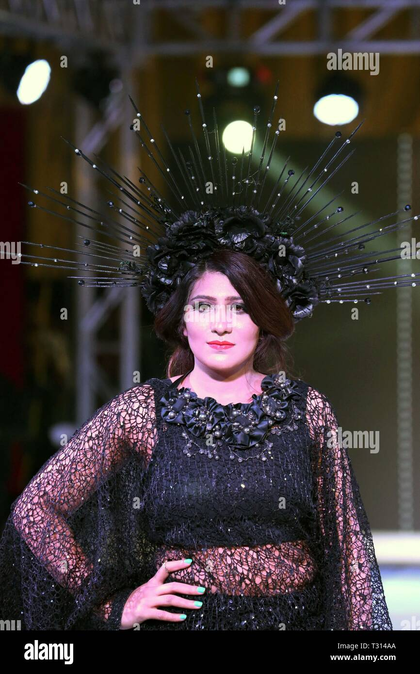 Islamabad Pakistan 5th Apr 2019 A Model Presents A Creation By Designer Aamir During A Fashion