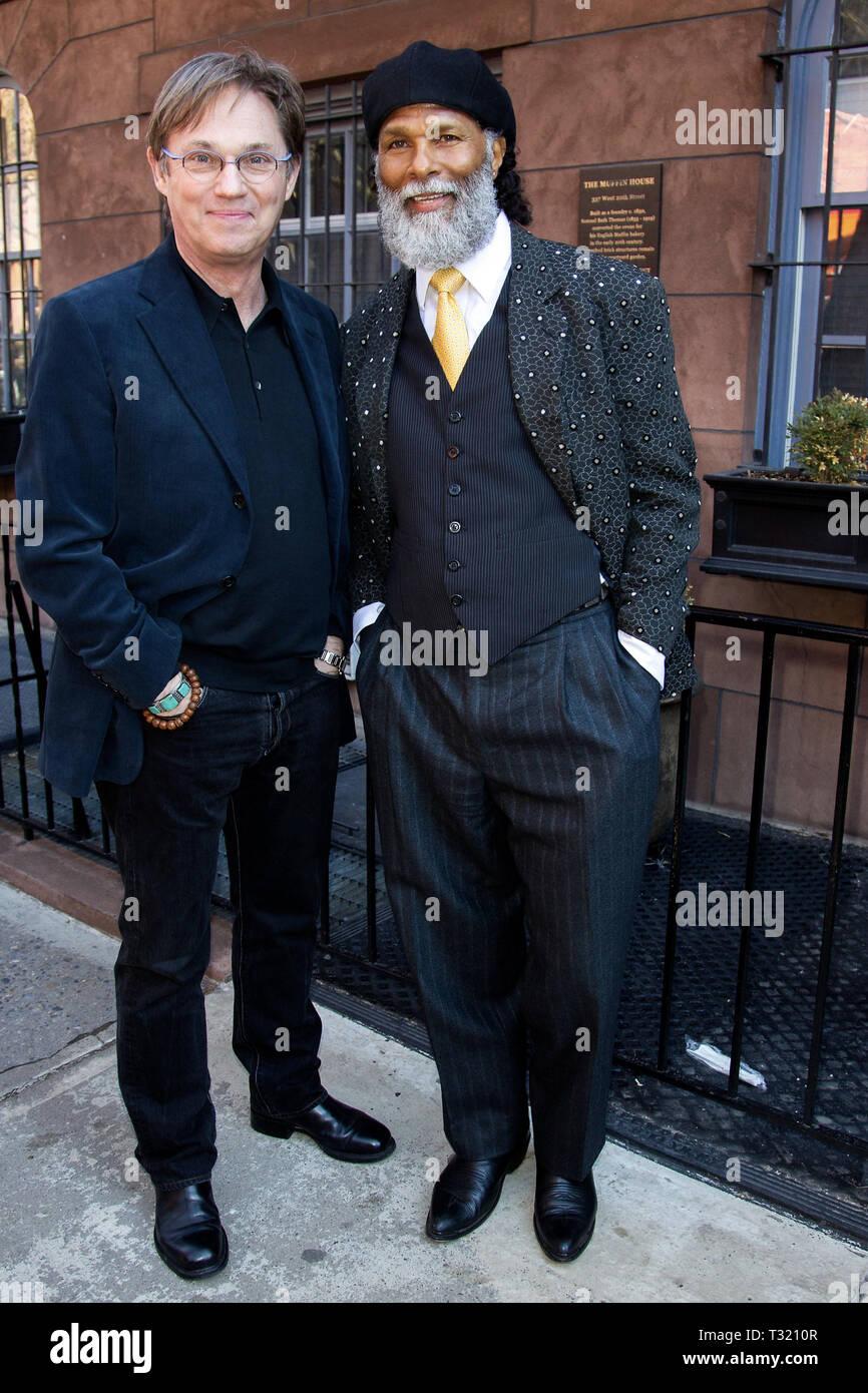 New York Usa 23 Apr 2015 Richard Thomas And Philip