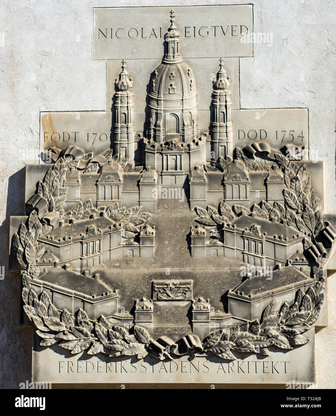 A memorial to the architect Nicolai Eigtved (Niels Eigtved) the 18th century Danish architect who designed many of the buildings in Frederiksstaden - Stock Image