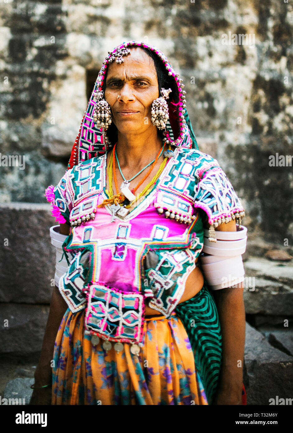 A woman dressed traditionally at Golconda Fort in Hyderabad, India - Stock Image