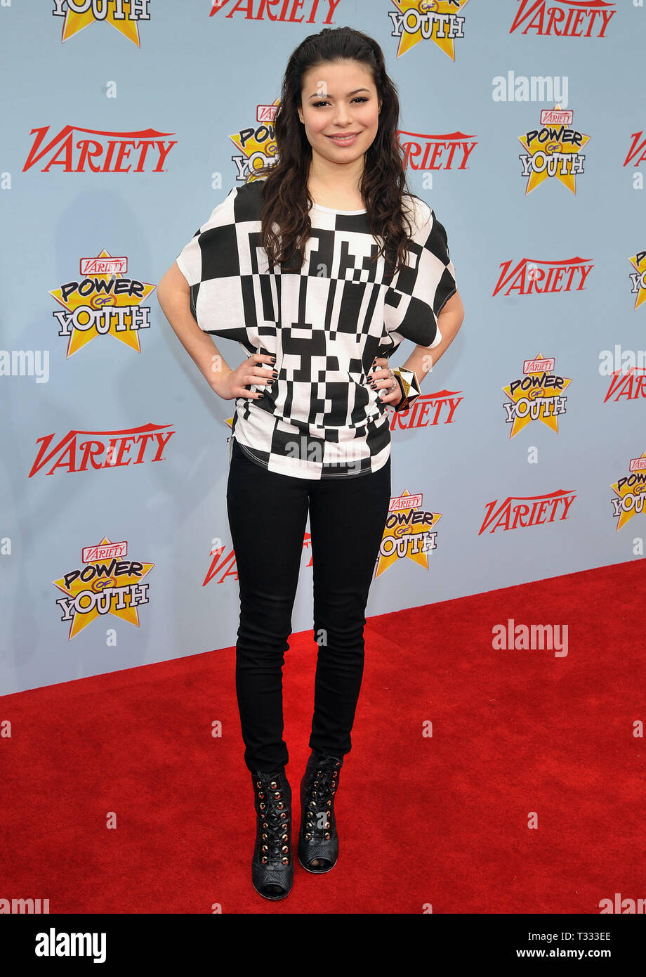 Miranda Cosgrove_06 - Power Of Youth Event on the Paramount Lot In Los Angeles.06_Miranda Cosgrove_06 Red Carpet Event, Vertical, USA, Film Industry, Celebrities,  Photography, Bestof, Arts Culture and Entertainment, Topix Celebrities fashion /  Vertical, Best of, Event in Hollywood Life - California,  Red Carpet and backstage, USA, Film Industry, Celebrities,  movie celebrities, TV celebrities, Music celebrities, Photography, Bestof, Arts Culture and Entertainment,  Topix, vertical, one person,, from the year , 2009, inquiry tsuni@Gamma-USA.com Fashion - Full Length - Stock Image