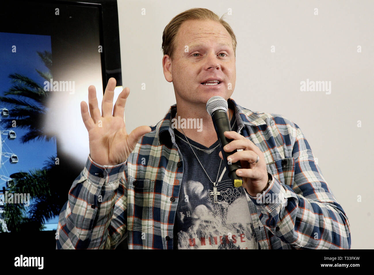 New York, NY - April 13:  Nik Wallenda, speaks at a press conference where he revealed his next feat will take place on April 29, 2015 at the soon-to-be-unveiled Orlando Eye, located in Orlando, Florida.. Wallenda will attempt to walk on top of the giant observation wheel without a tether and without a wire while it is moving. Standing 400 feet tall, the Orlando Eye forms part of the I-Drive 360 entertainment complex, which celebrates its grand opening this month and is located in the heart of OrlandoÔs newly revitalized International ÔI-DriveÔ District. The press conference took place on Apri - Stock Image