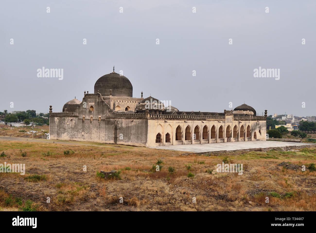 Kalburagi fort, view of Jamia Mosque, Gulbarga, Karnataka Stock Photo