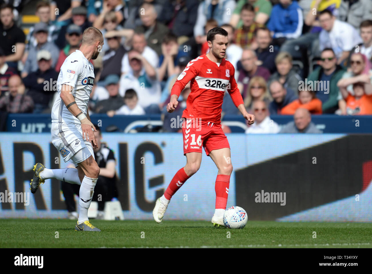 Swansea, Wales, UK. 06th April, 2019Jonathan Howson of Middlesbrough has possession of the ball during the Sky Bet Championship match between Swansea City and Middlesbrough at the Liberty Stadium, Swansea on Saturday 6th April 2019. (Credit: Jeff Thomas | MI News) Editorial use only, license required for commercial use. No use in betting, games or a single club/league/player publications. Photograph may only be used for newspaper and/or magazine editorial purposes. Credit: MI News & Sport /Alamy Live News - Stock Image