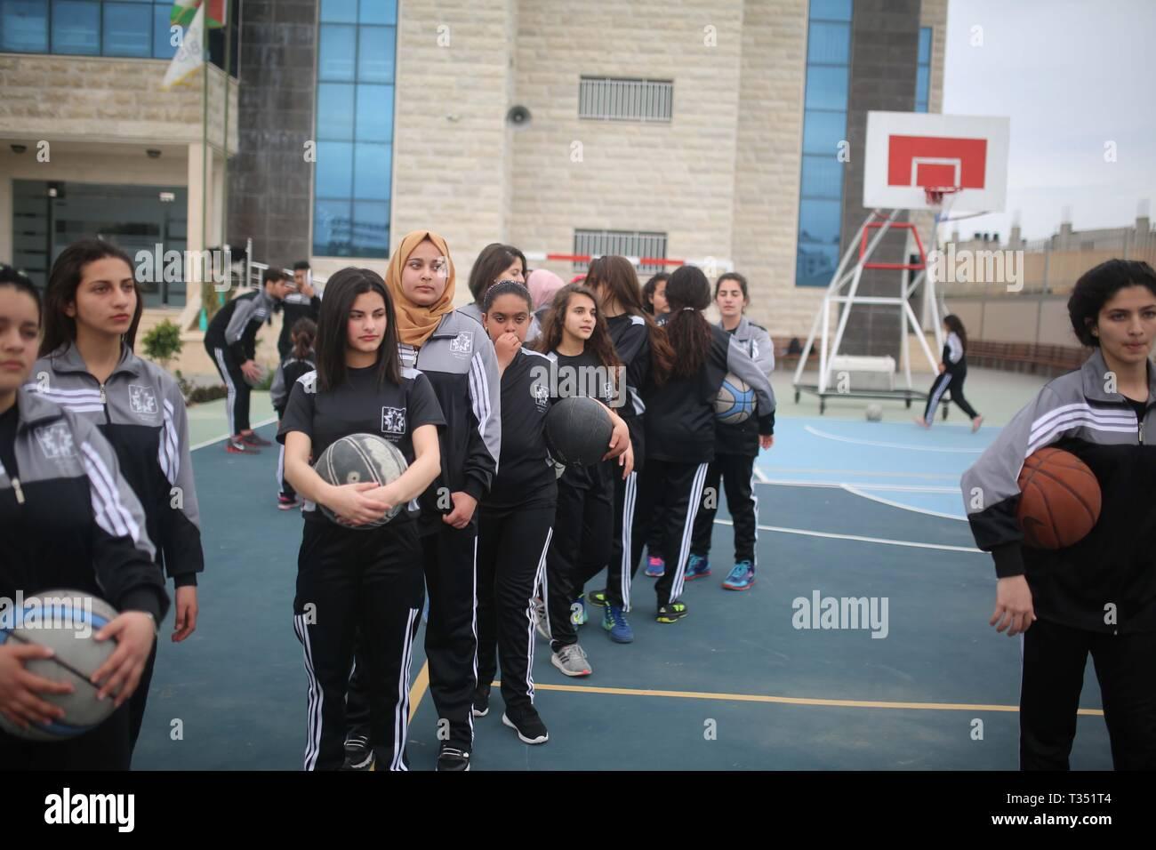 Girl's Basketball Stock Photos & Girl's Basketball Stock