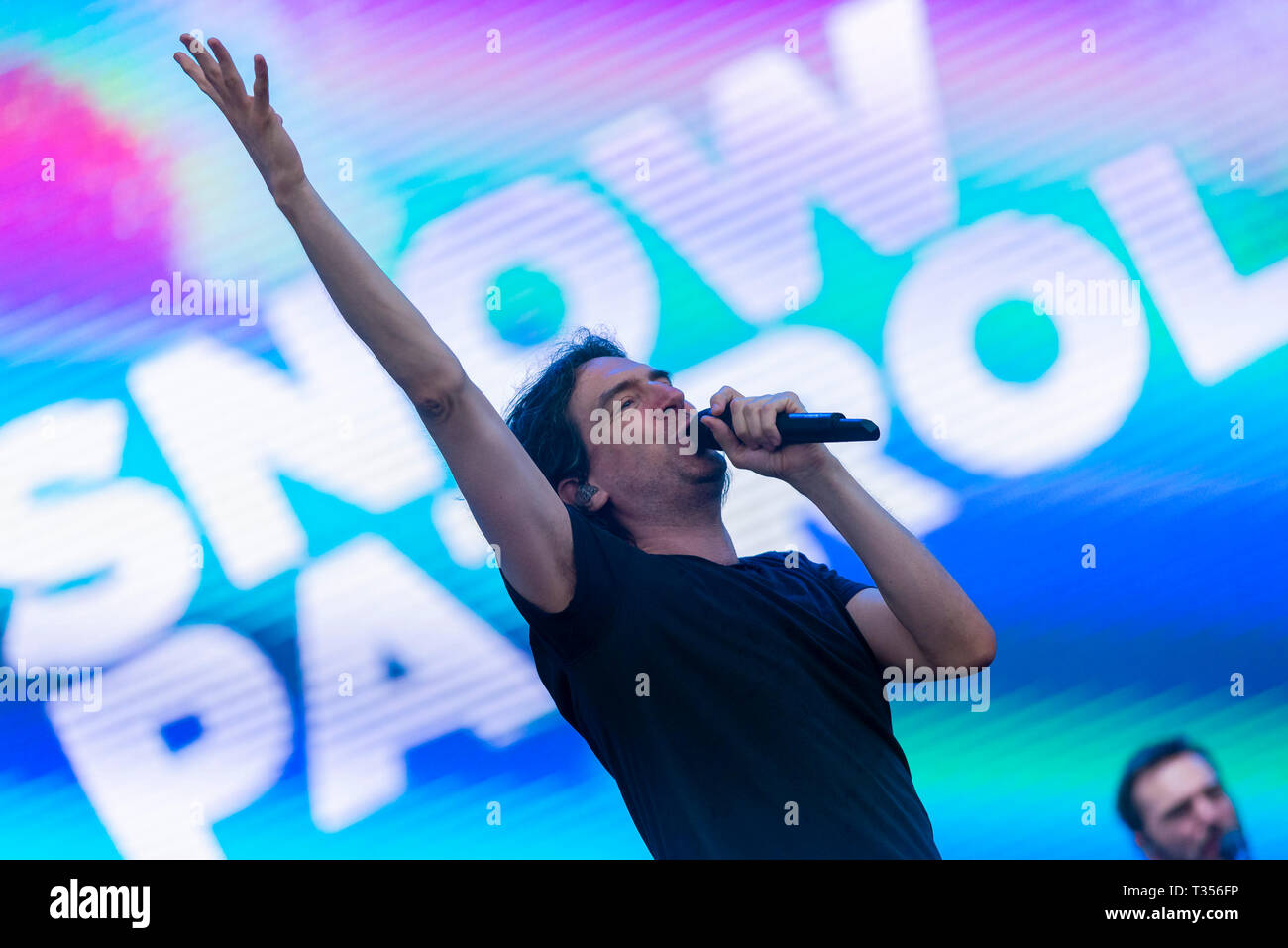 Sao Paulo, Brazil. 06th Apr, 2019. Snow Patrol performs at the Lollapalooza 2019 festival, held at the Autodromo de Interlagos in São Paulo, on Saturday afternoon, 06. (PHOTO: ANDERSON LIRA/BRAZIL PHOTO PRESS) Credit: Brazil Photo Press/Alamy Live News - Stock Image