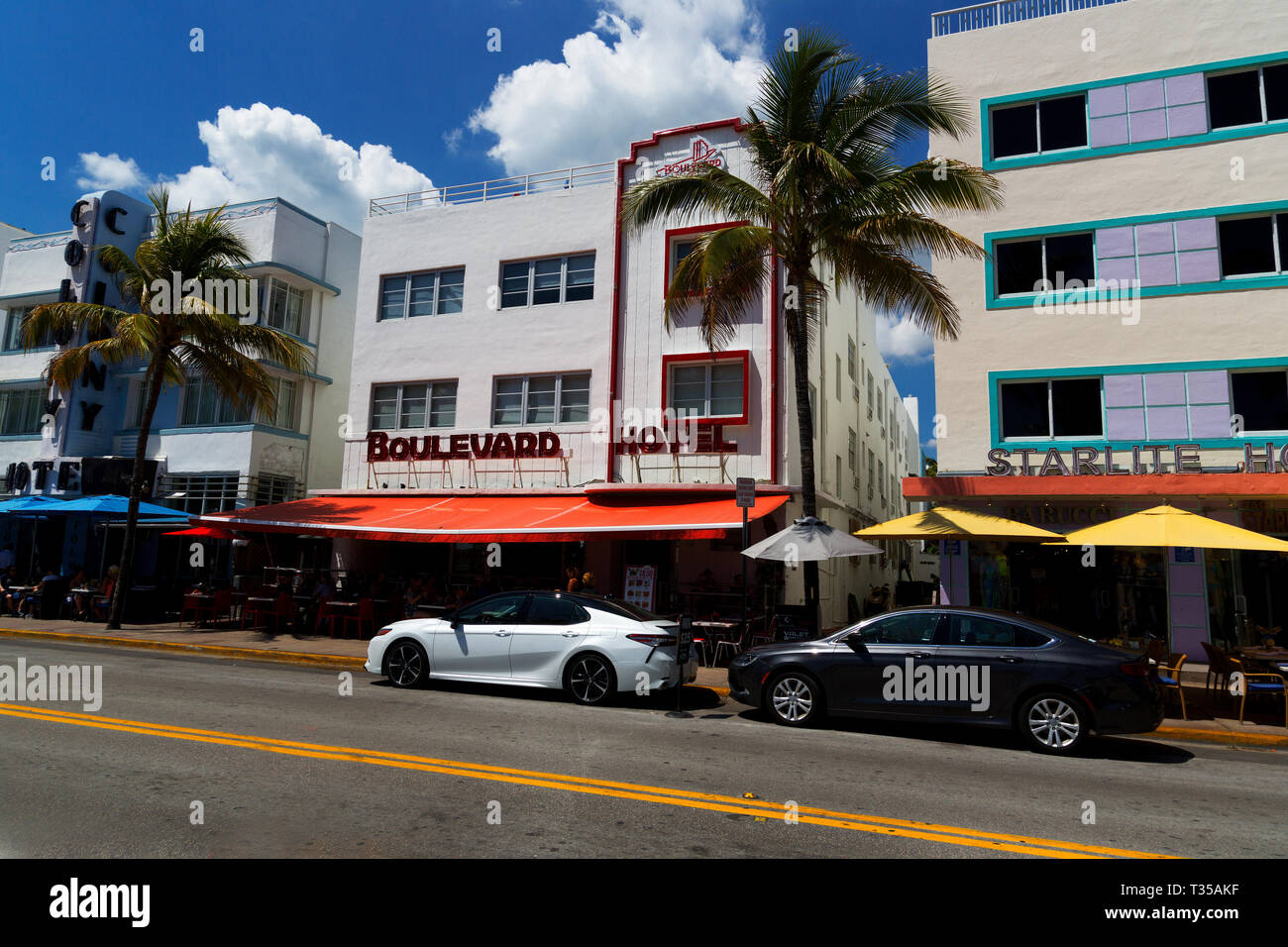 Colony, Boulevard and Starlite Hotels art deco architecture on Ocean Drive, South Beach, Miami, Florida, USA - Stock Image
