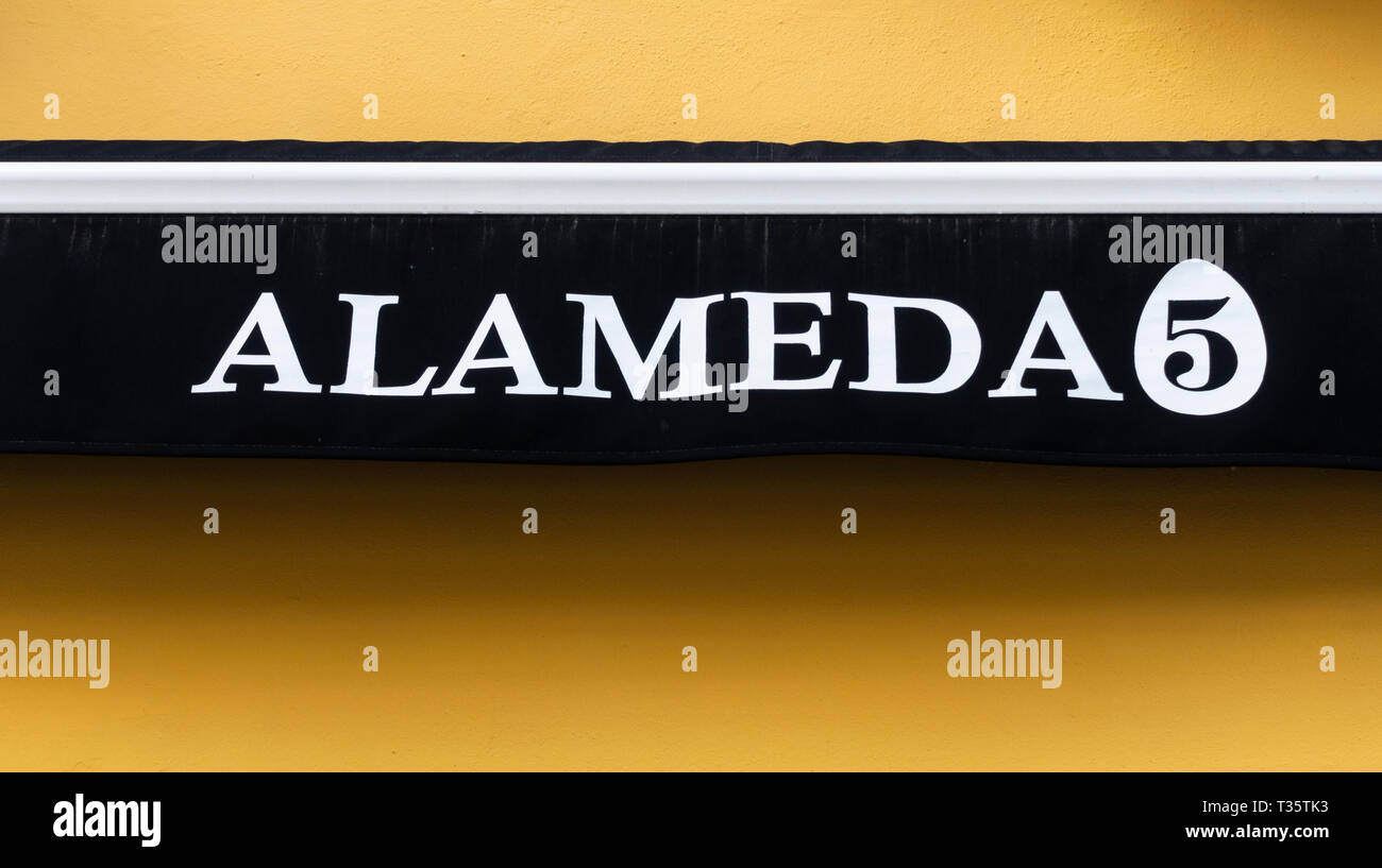 Sign for the Alameda 5 restaurant in Seville - Stock Image