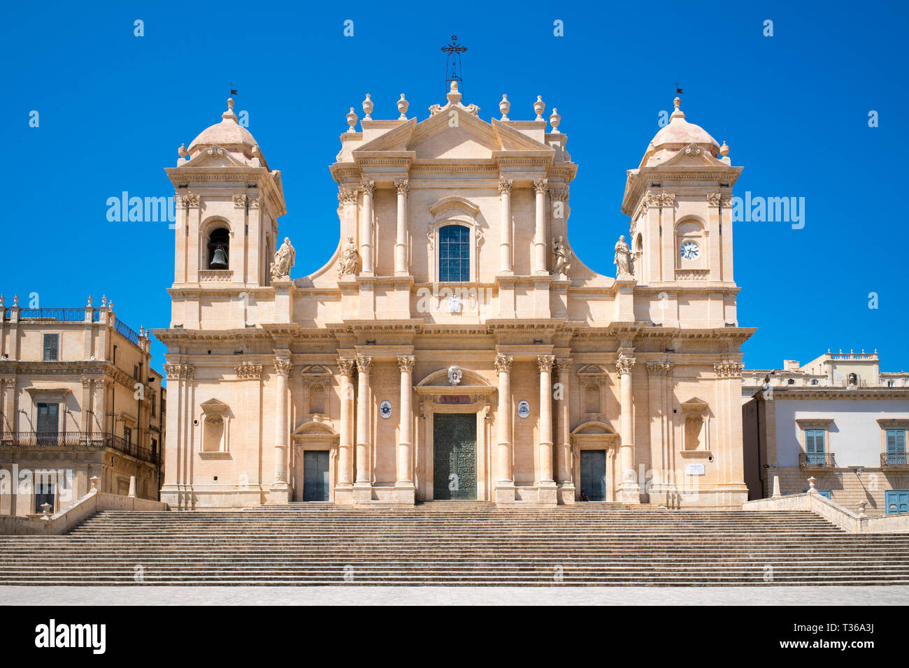 Front elevation and steps of Baroque Cathedral of Saint Nicholas - Basilica di San Nicolo in Noto city, Sicily, Italy Stock Photo