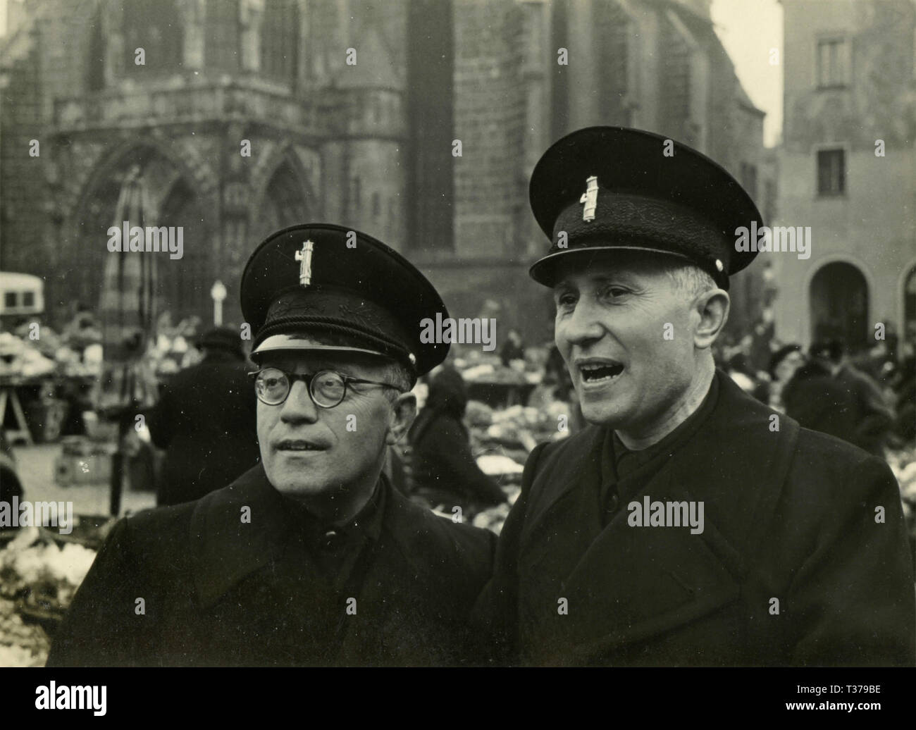 Two man with fascist uniforms, Italy 1930s - Stock Image