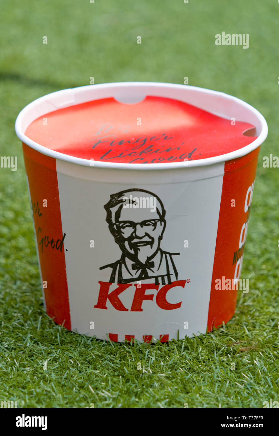 KFC or Kentucky Fried Chicken Bargain Bucket - Stock Image