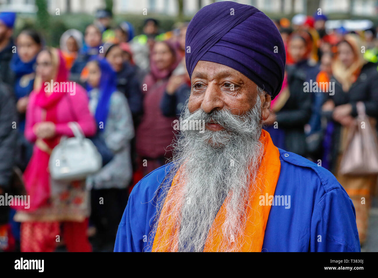 Glasgow, UK. 07th Apr, 2019. Thousands from the Scottish Sikh community gathered in Glasgow to celebrate the annual festival of VAISAKHI which is held every year to celebrate the beginning of the Sikh summer and is marked by a procession through the heart of Glasgow. Vaisakhi is celebrated each year to also commemorate the creation of the Sikh nation in 1699 and is taken as a reminder for all Sikhs to preserve human rights, promote equality, practice compassion and implement selfless service in their daily lives Credit: Findlay/Alamy Live News Stock Photo