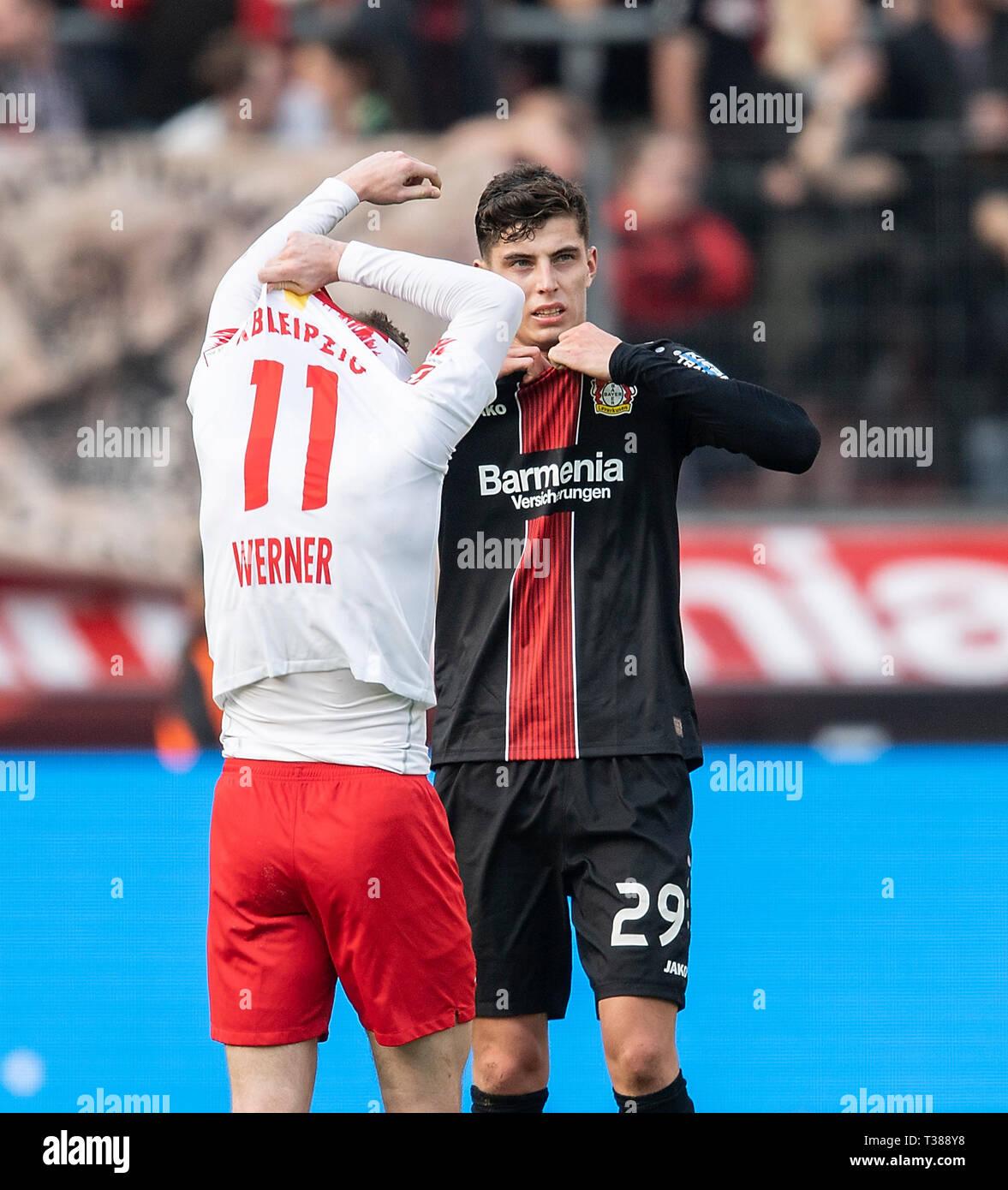 online store ae03a 3dfda Leverkusen, Deutschland. 06th Apr, 2019. Jersey swap by Kai ...