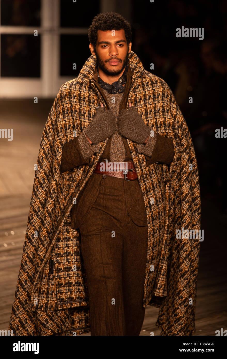 Joseph Abboud Mens Fall 2019 Runway Show - Stock Image
