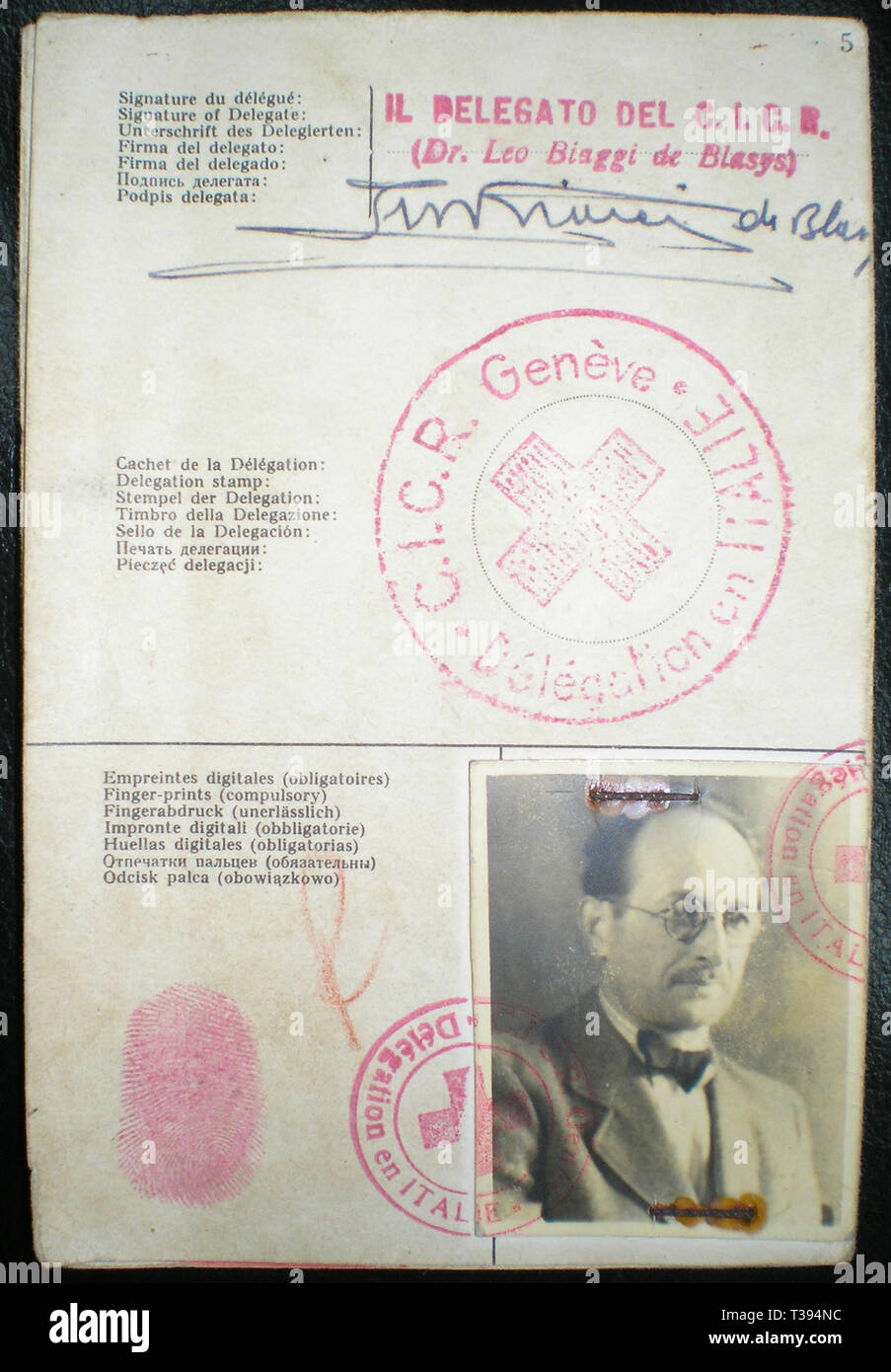 Adolf Eichmann, The Red Cross identitity document Adolf Eichmann used to enter Argentina under the alias Ricardo Klement in 1950, issued by the Italian delegation of the Red Cross Stock Photo