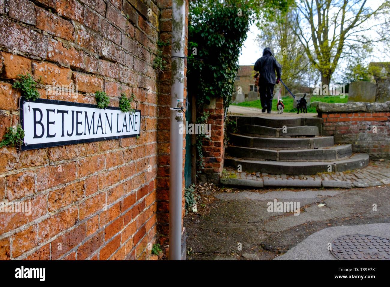 Around Wantage a market town in Oxfordshire England UK Betjeman Lane - Stock Image