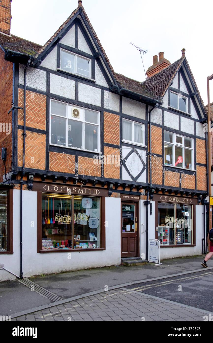 Around Wantage a market town in Oxfordshire England UK Locksmiths shop - Stock Image