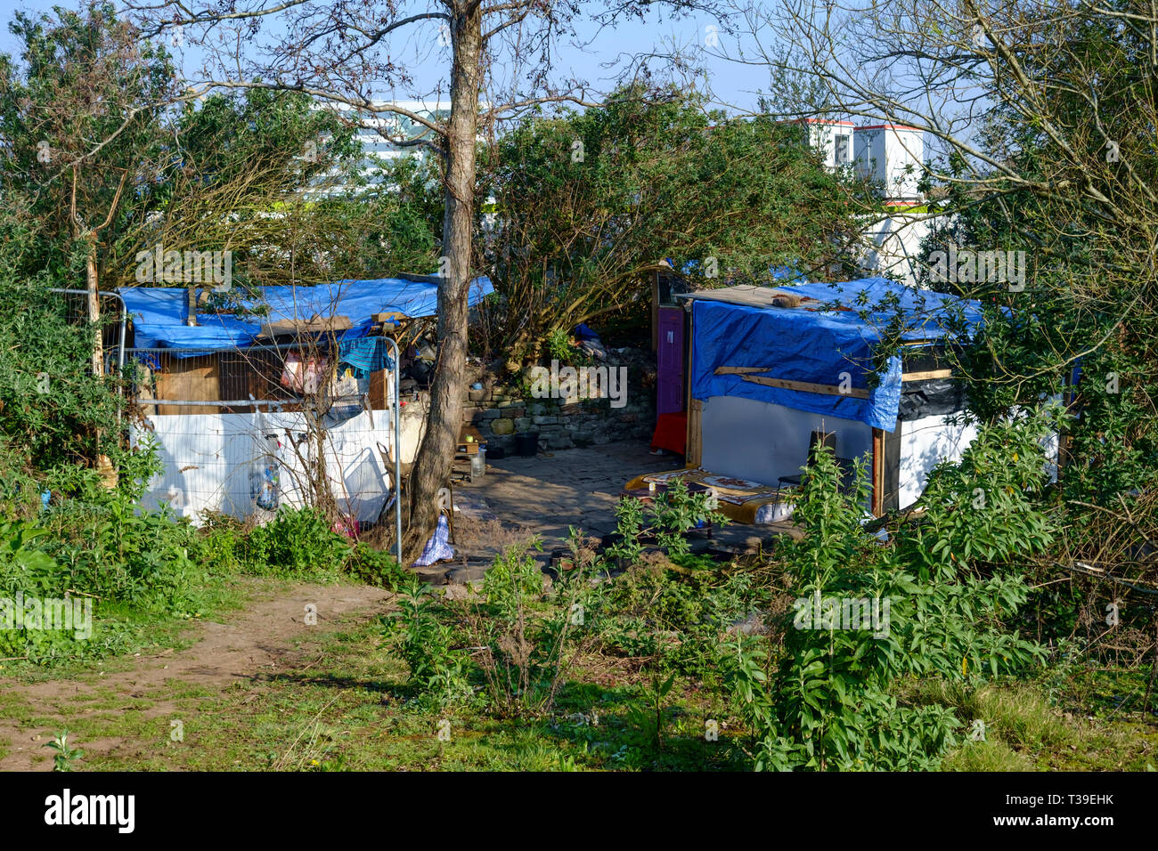 Homeless shelters in Bristol. Quite a few of these along the River Avon not far from temple meads. - Stock Image