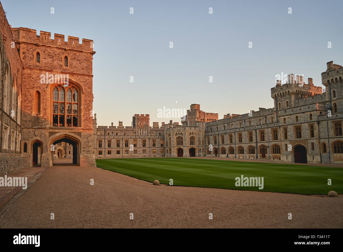 The South Wing of the Upper Ward; the Official Entrance to the State Apartments is on the left. Windsor Castle (UK). - Stock Image