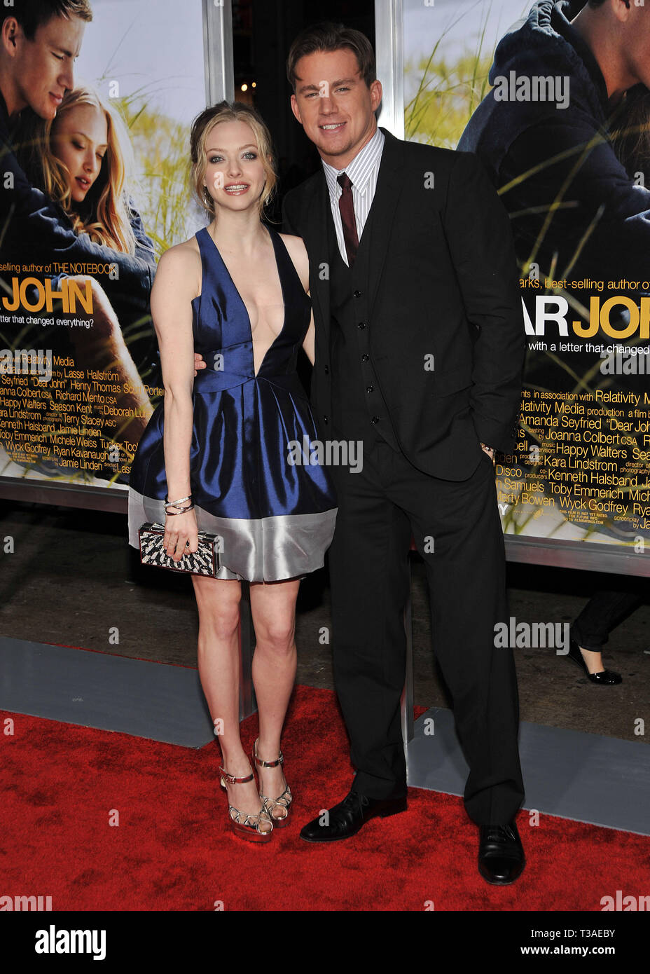 03 Amanda Seyfried Channing Tatum 03 - Dear John Premiere at