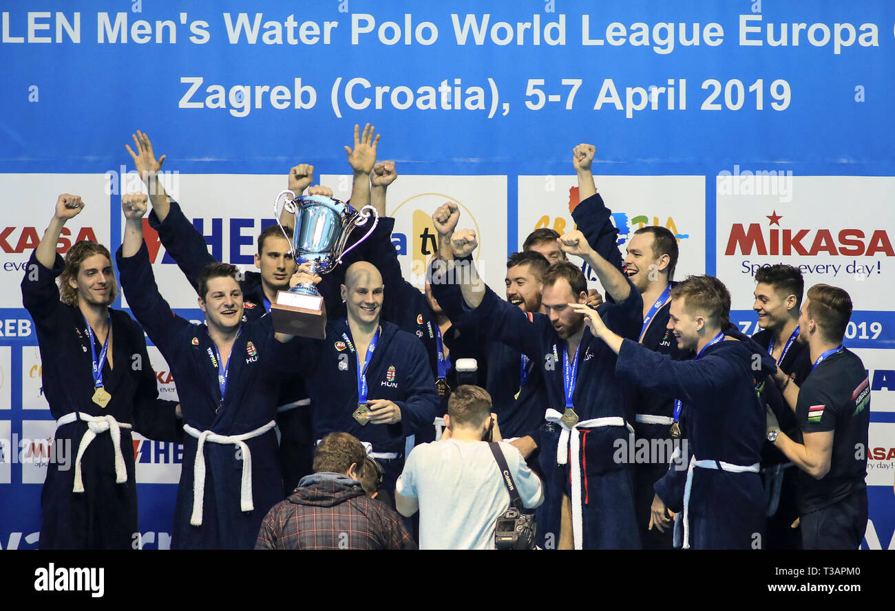 cc6f504b2d Water Polo Team Stock Photos & Water Polo Team Stock Images - Page 2 ...