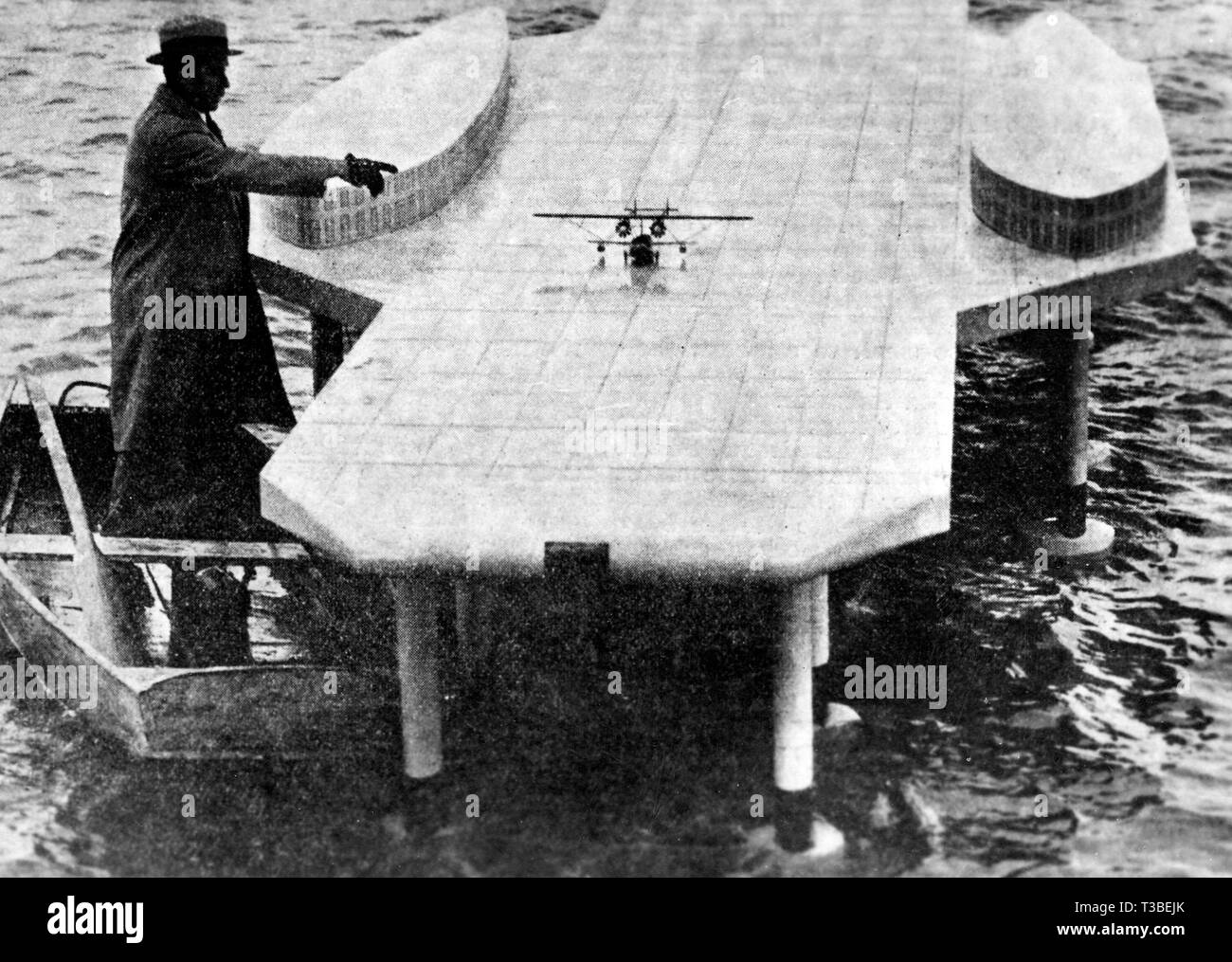 a model aircraft carrier, 1930 - Stock Image