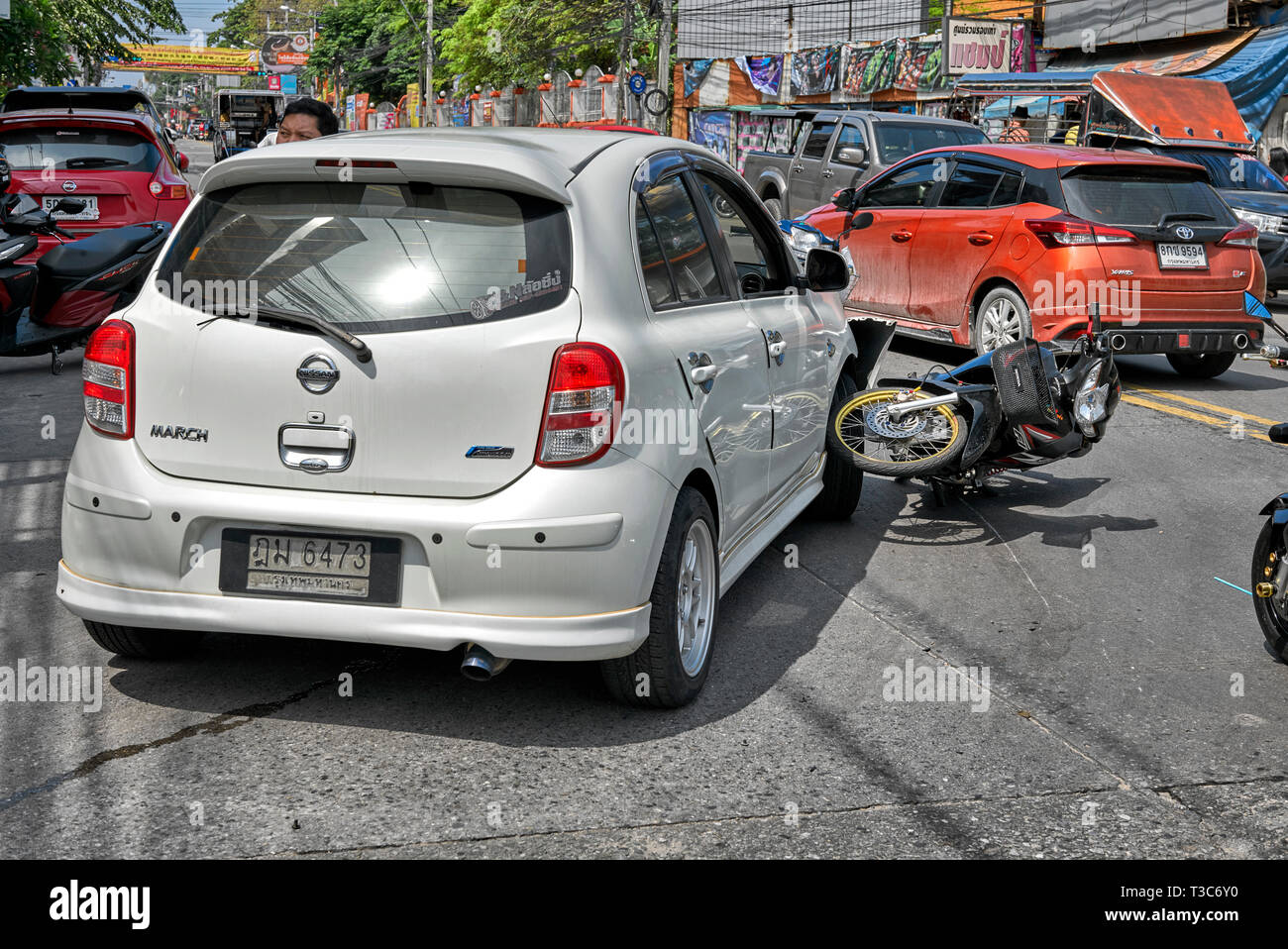 Road Accident Stock Photos & Road Accident Stock Images - Alamy