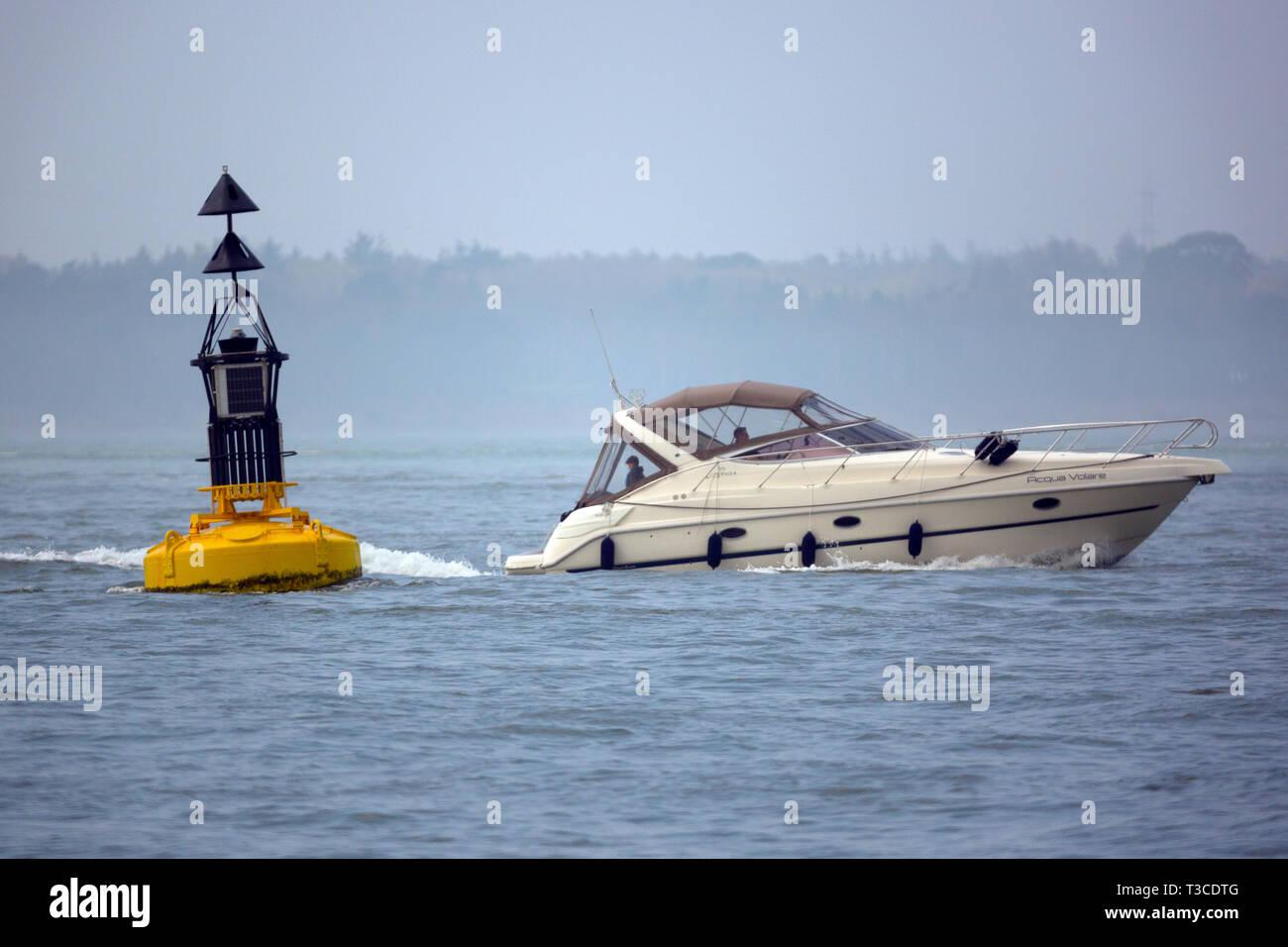 luxury,cruiser,boat,motor,gin,palace,power,training,RYA,handling,course,The Solent,Cowes,Isle of Wight,England,UK, - Stock Image