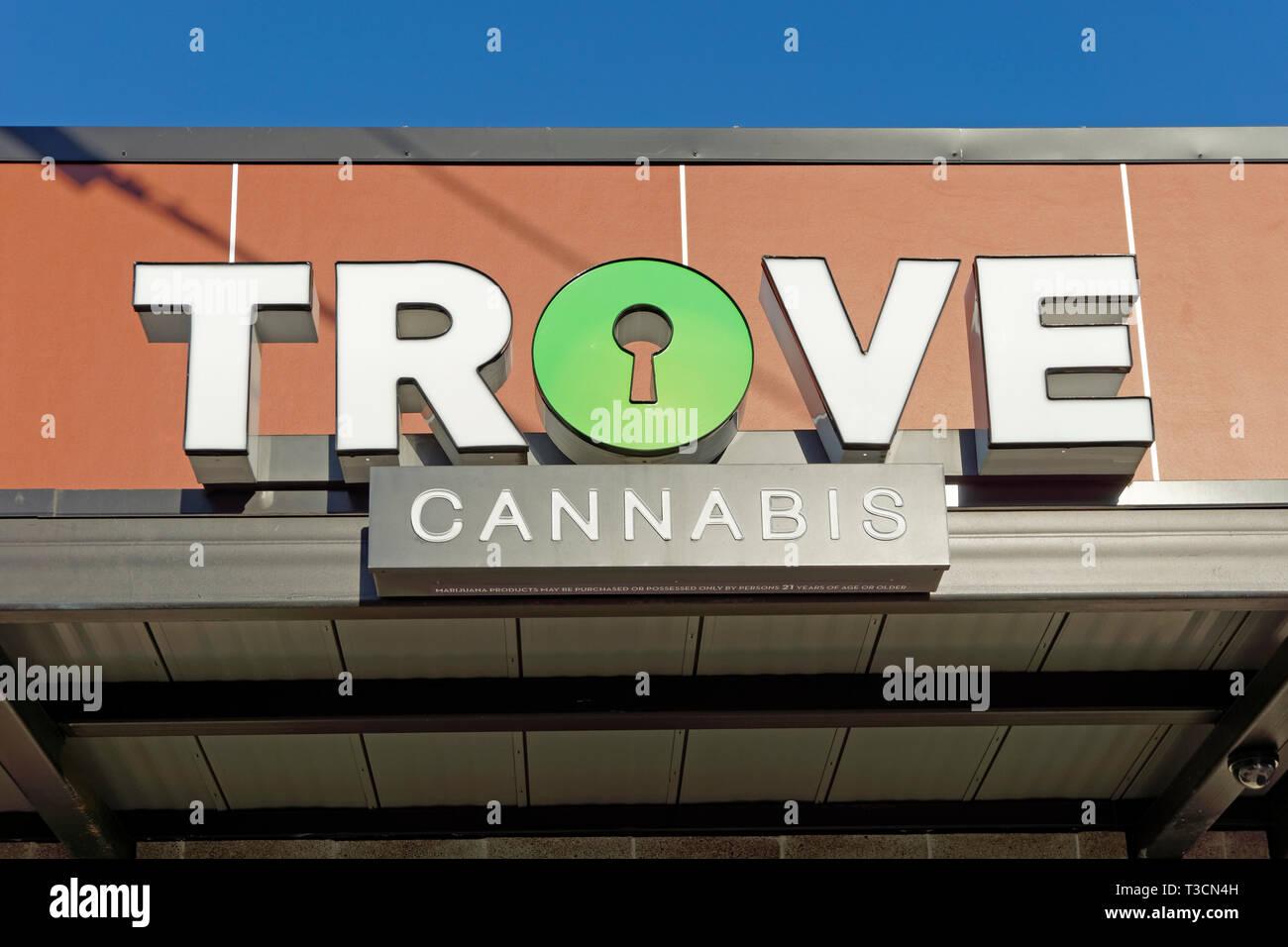 Trove Cannabis recreational and medical marijuana shop sign on Samish Way, Bellingham, Washington state, USA - Stock Image