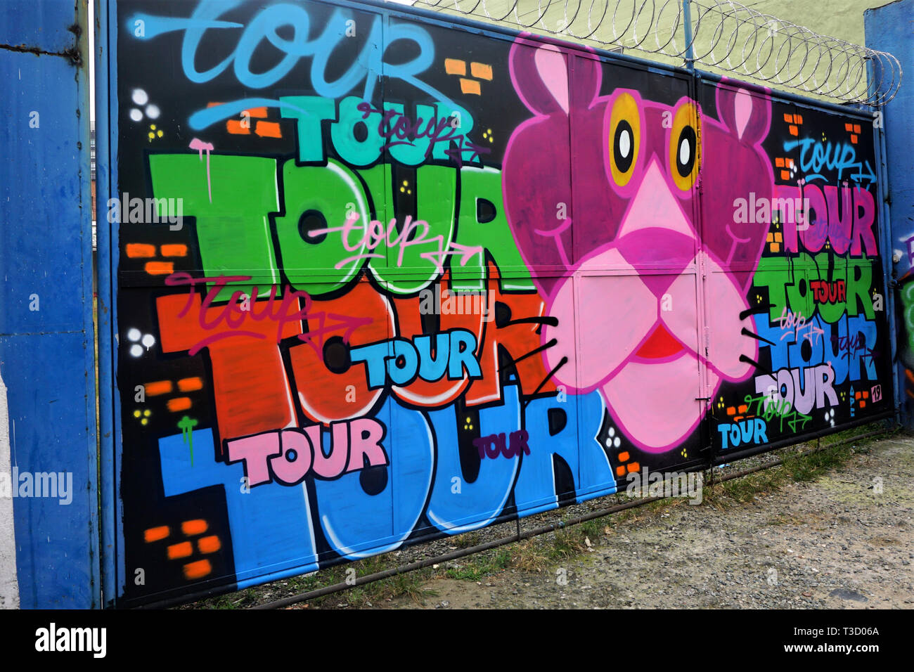 Pink Panther Graffiti in Medellin, Colombia - Stock Image