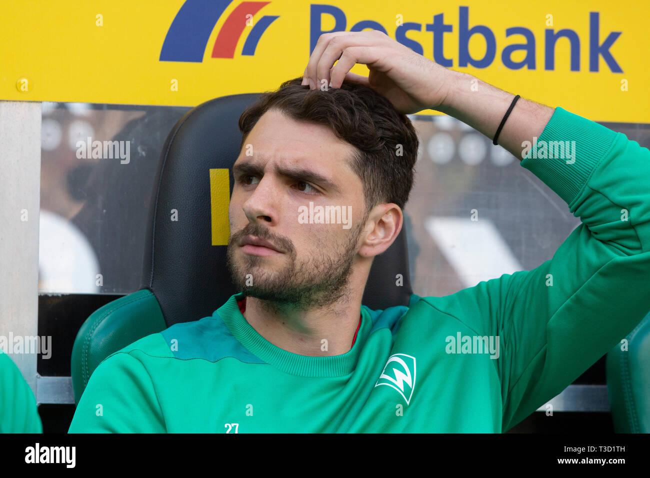 sports, football, Bundesliga, 2018/2019, Borussia Moenchengladbach vs SV Werder Bremen 1-1, Stadium Borussia Park, players bench, keeper Stefanos Kapino (Bremen), DFL REGULATIONS PROHIBIT ANY USE OF PHOTOGRAPHS AS IMAGE SEQUENCES AND/OR QUASI-VIDEO - Stock Image
