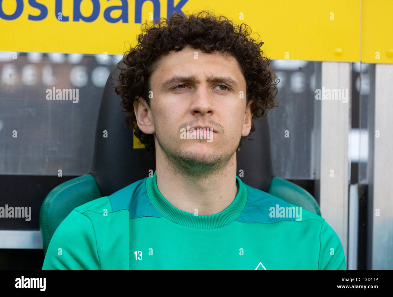 sports, football, Bundesliga, 2018/2019, Borussia Moenchengladbach vs SV Werder Bremen 1-1, Stadium Borussia Park, players bench, Milos Veljkovic (Bremen), DFL REGULATIONS PROHIBIT ANY USE OF PHOTOGRAPHS AS IMAGE SEQUENCES AND/OR QUASI-VIDEO Stock Photo