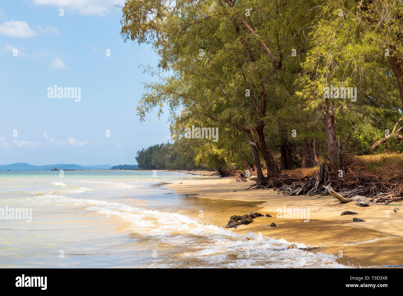 Bai Day Tay beach on Phu Quoc Island overlooking the Gulf of Thailand, Vietnam, Asia - Stock Image