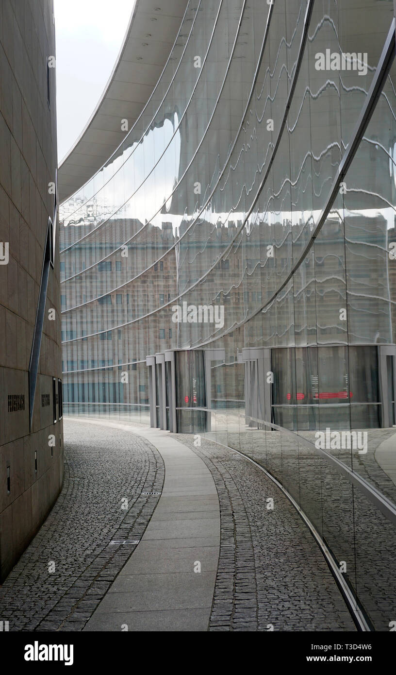 Glas facade of New Museum, museum of art and design, Klarissen place, old town of Nuremberg, Franconia, Bavaria, Germany - Stock Image