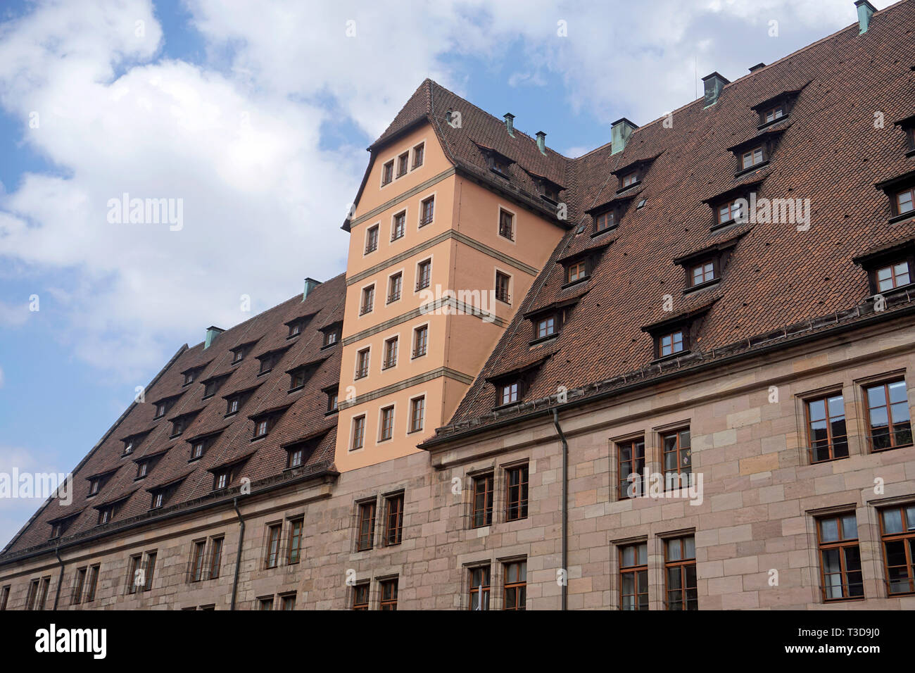 Detailaufnahme der Mauthalle in der Lorenzer Altsstadt, Nürnberg, Franken, Bayern, Deutschland | Detail of histori custom house, Lorenzer old town, Nu - Stock Image