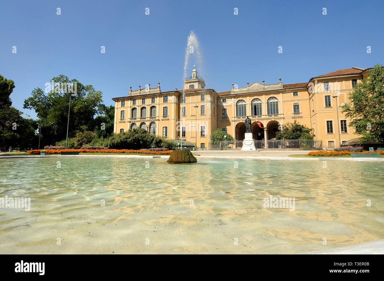 Italia, Lombardia, Milano, Palazzo Dugnani, Giardini Pubblici Indro Montanelli - Stock Image