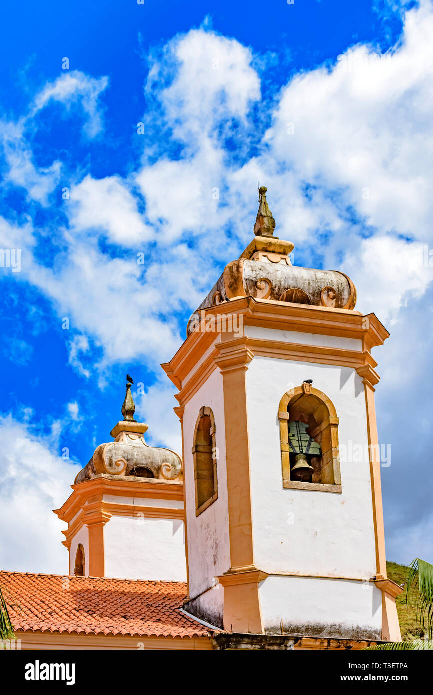 Old catholic bell church tower of the 18th century located in the center of the famous and historical city of Ouro Preto in Minas Gerais - Stock Image