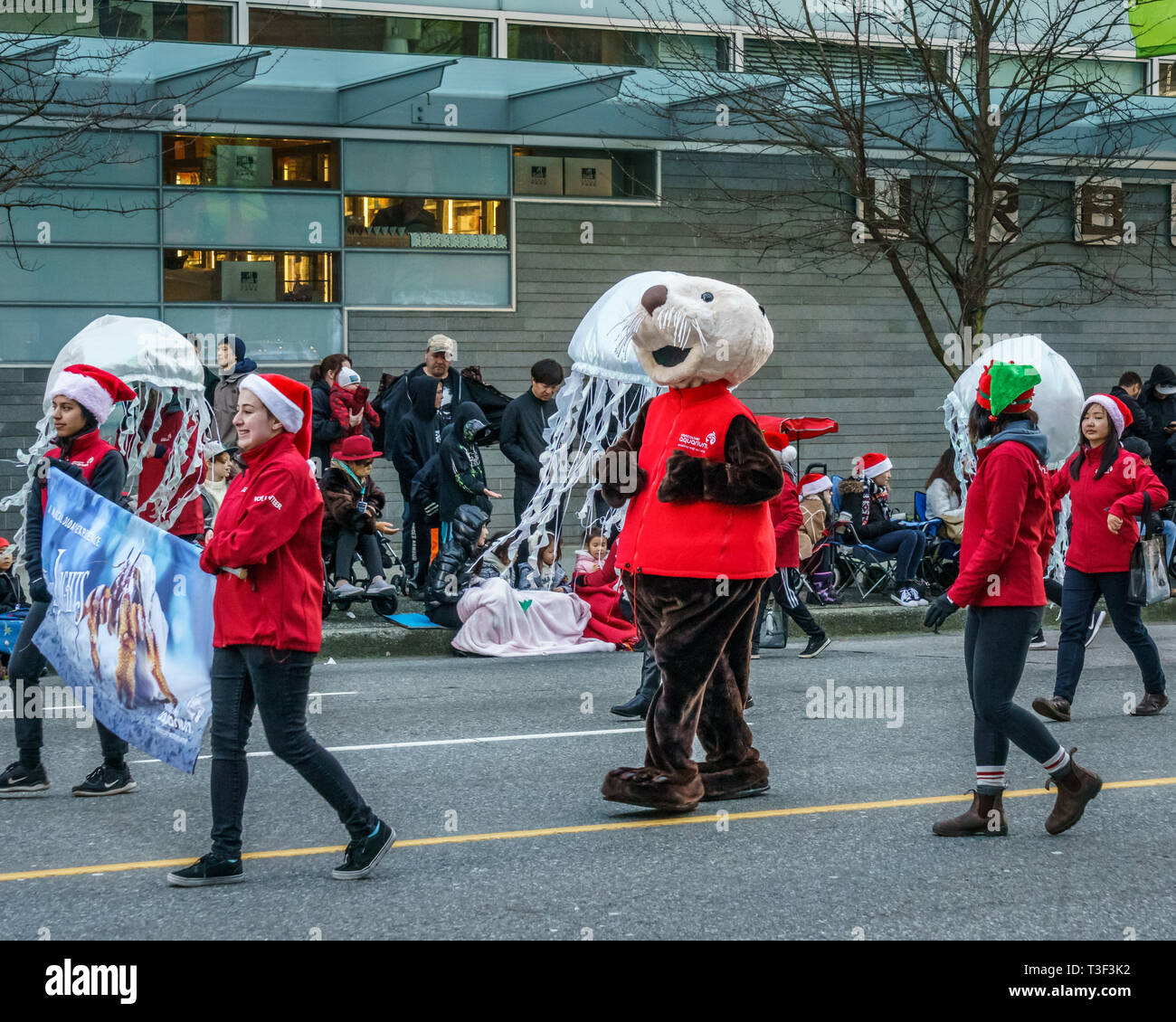Vancouver Christmas Parade.Vancouver Canada December 2 2018 People From Aquarium