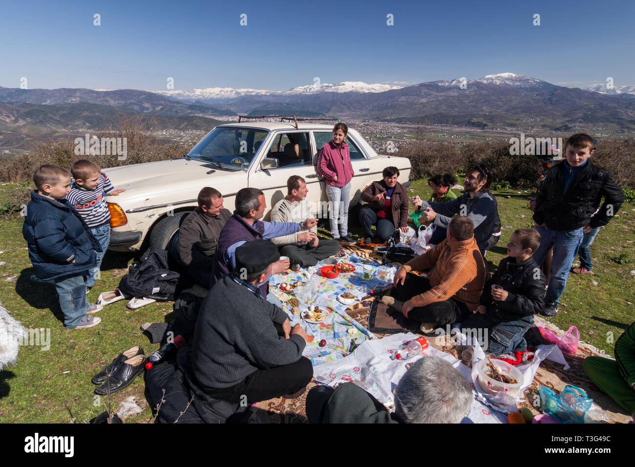 Elbasan, Albania : Albanian family picnicking celebrating Diten E Veres Spring Day festival (March 14th) - Stock Image