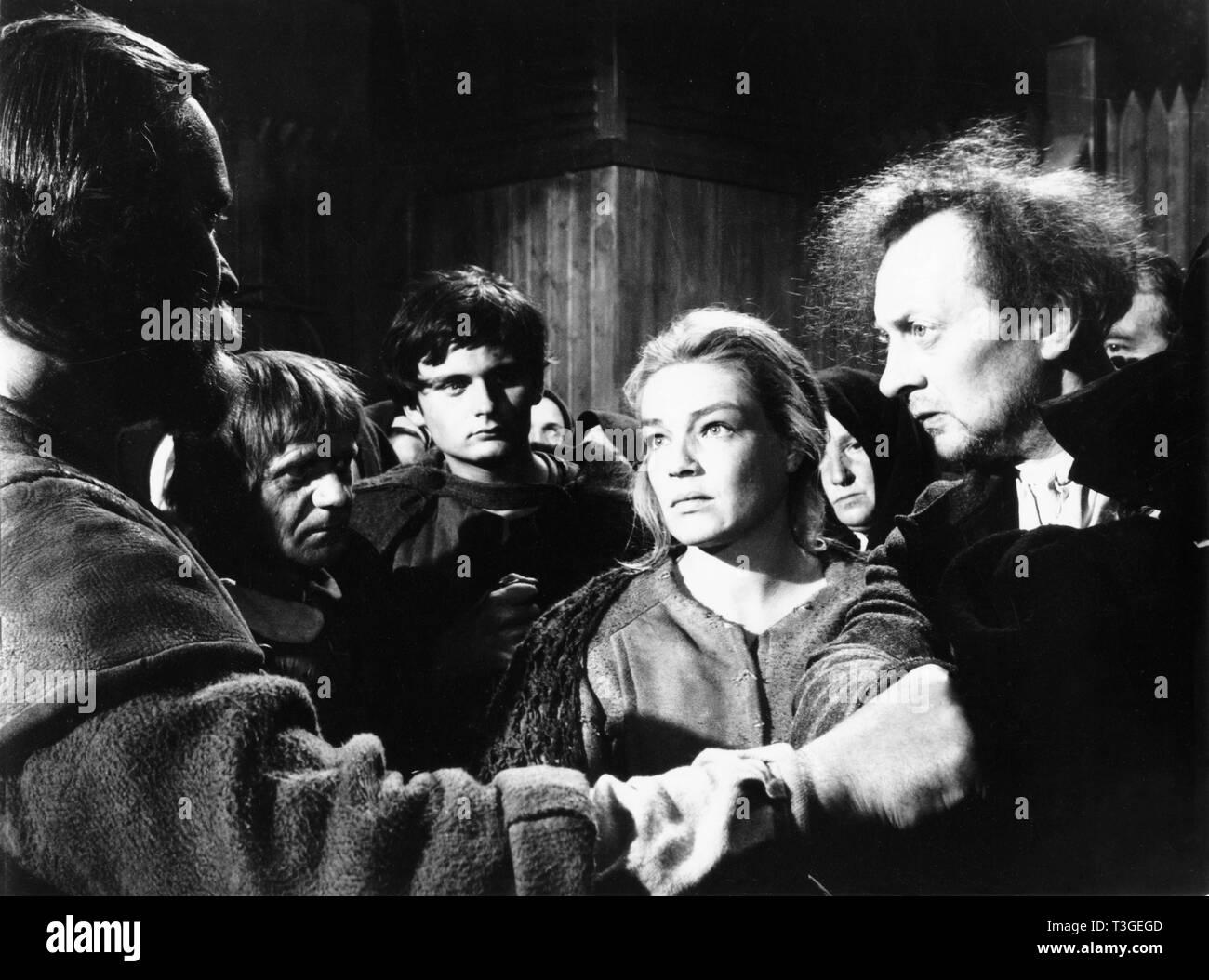Les Sorcieres de Salem  Year: 1957 - France Jean Gaven, Simone Signoret  Director: Raymond Rouleau, Hans Klering - Stock Image