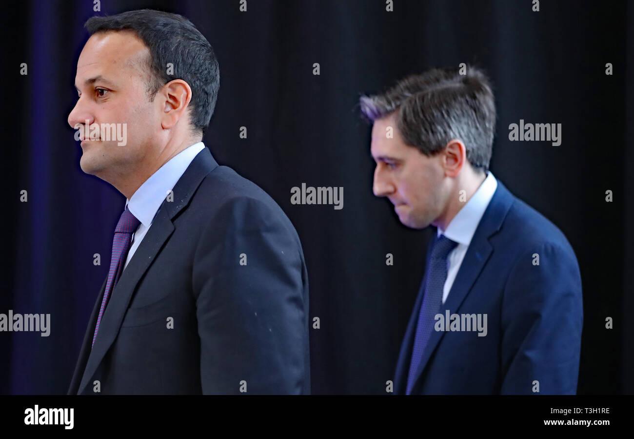 Taoiseach Leo Varadkar (left) and Minister for Health Simon