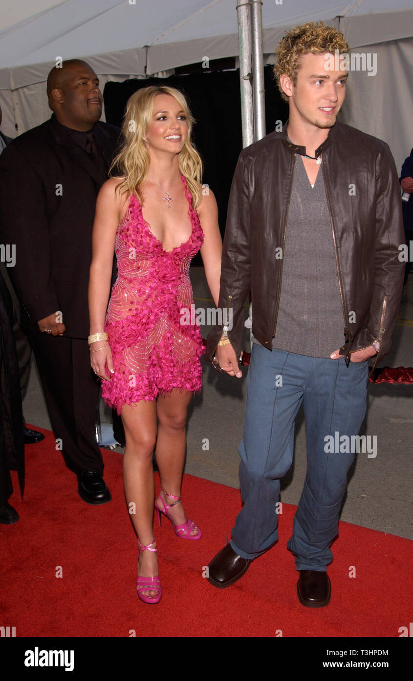 Los Angeles Ca January 09 2002 Pop Star Britney Spears Boyfriend Justin Timberlake Of Nsync At The American Music Awards In Los Angeles C Paul Smith Featureflash Stock Photo Alamy