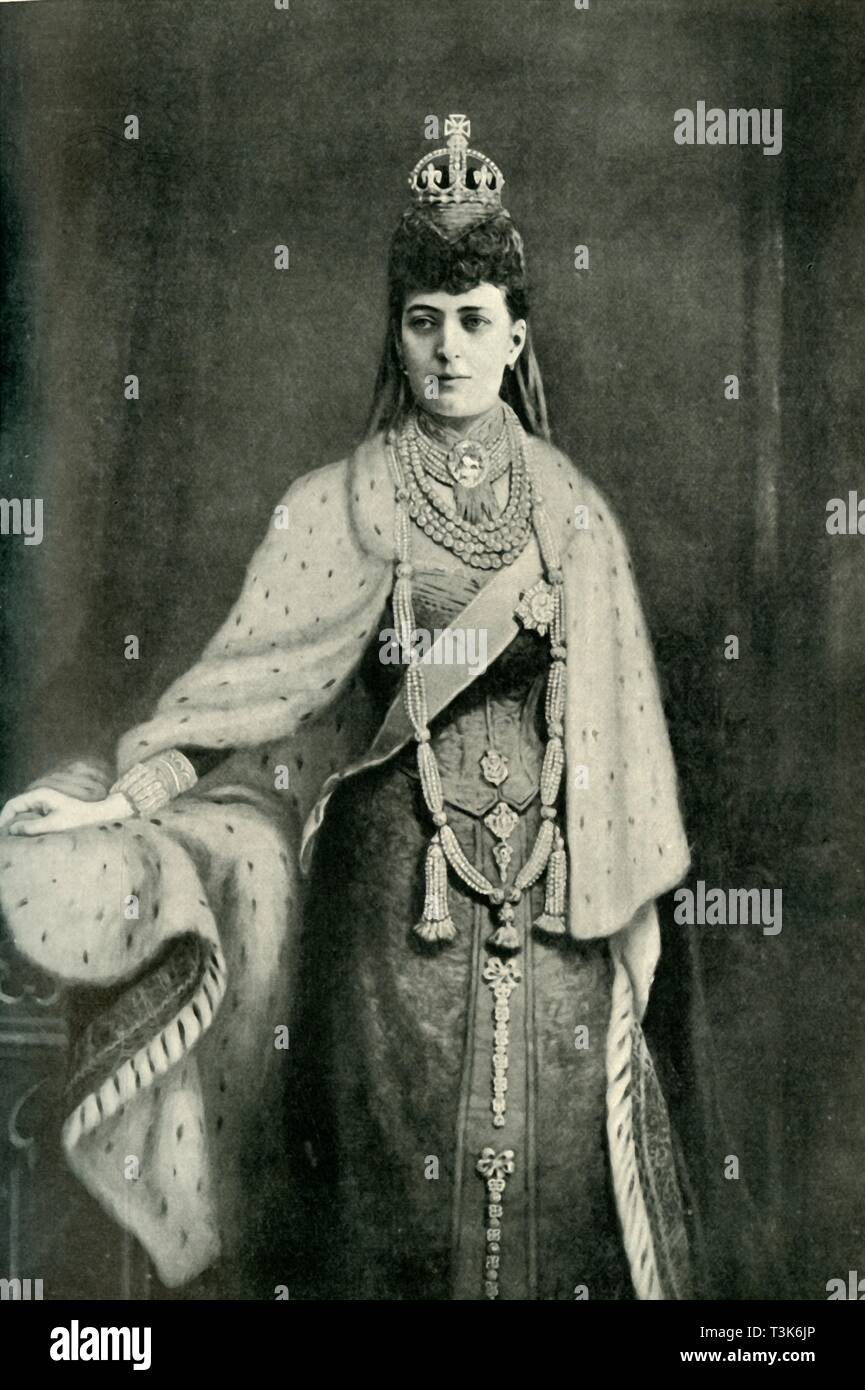 """'Her Majesty Queen Alexandria', 1902.  Queen of the United Kingdom and the British Dominions and Empress of India as the wife of King Edward VII.  From """"The Windsor Magazine Vol. XVI - June to November 1902"""". [Ward, Lock & Co., Limited, London, 1902] - Stock Image"""