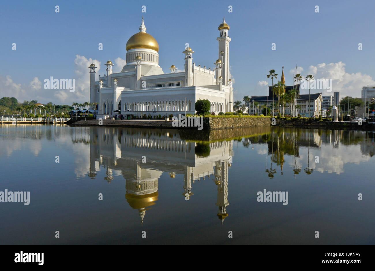 Sultan Oman Ali Saifuddien Mosque, Bandar Seri Begawan, Sultanate of Brunei - Stock Image