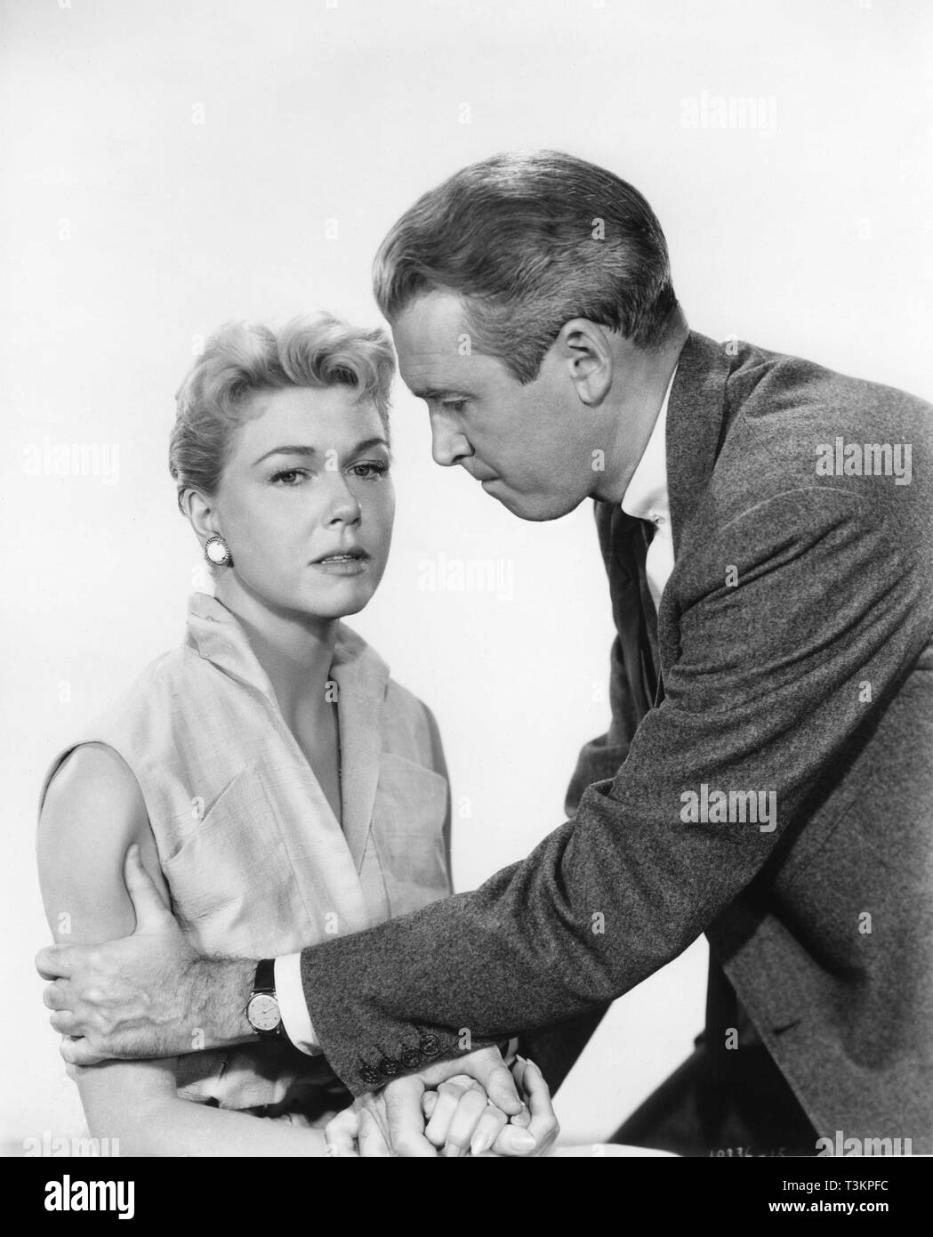 James Stewart Doris Day THE MAN WHO KNEW TOO MUCH 1956 director Alfred Hitchcock music Bernard Herrmann VistaVision Filwite Productions / Paramount Pictures - Stock Image