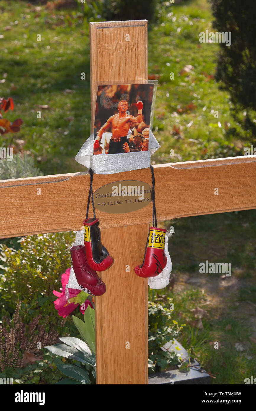 Grave of Graciano 'Rocky' Rocchigiani, Boxing legend, Berlin, Germany - Stock Image