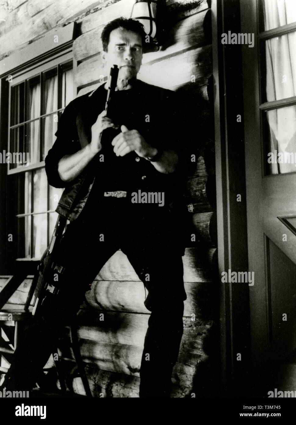 Arnold Schwarzenegger In The Movie Eraser 1996 Stock Photo Alamy