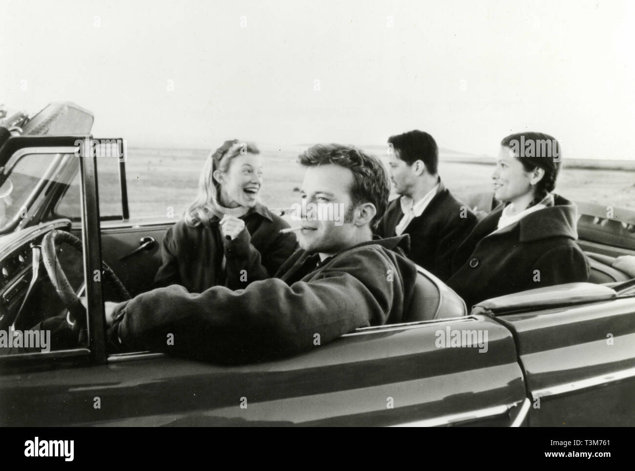 Thomas Jane, Gretchen Mol, Keanu Reeves, and Claire Forlani in the movie The Last Time I Commmitted Suicide, 1997 Stock Photo