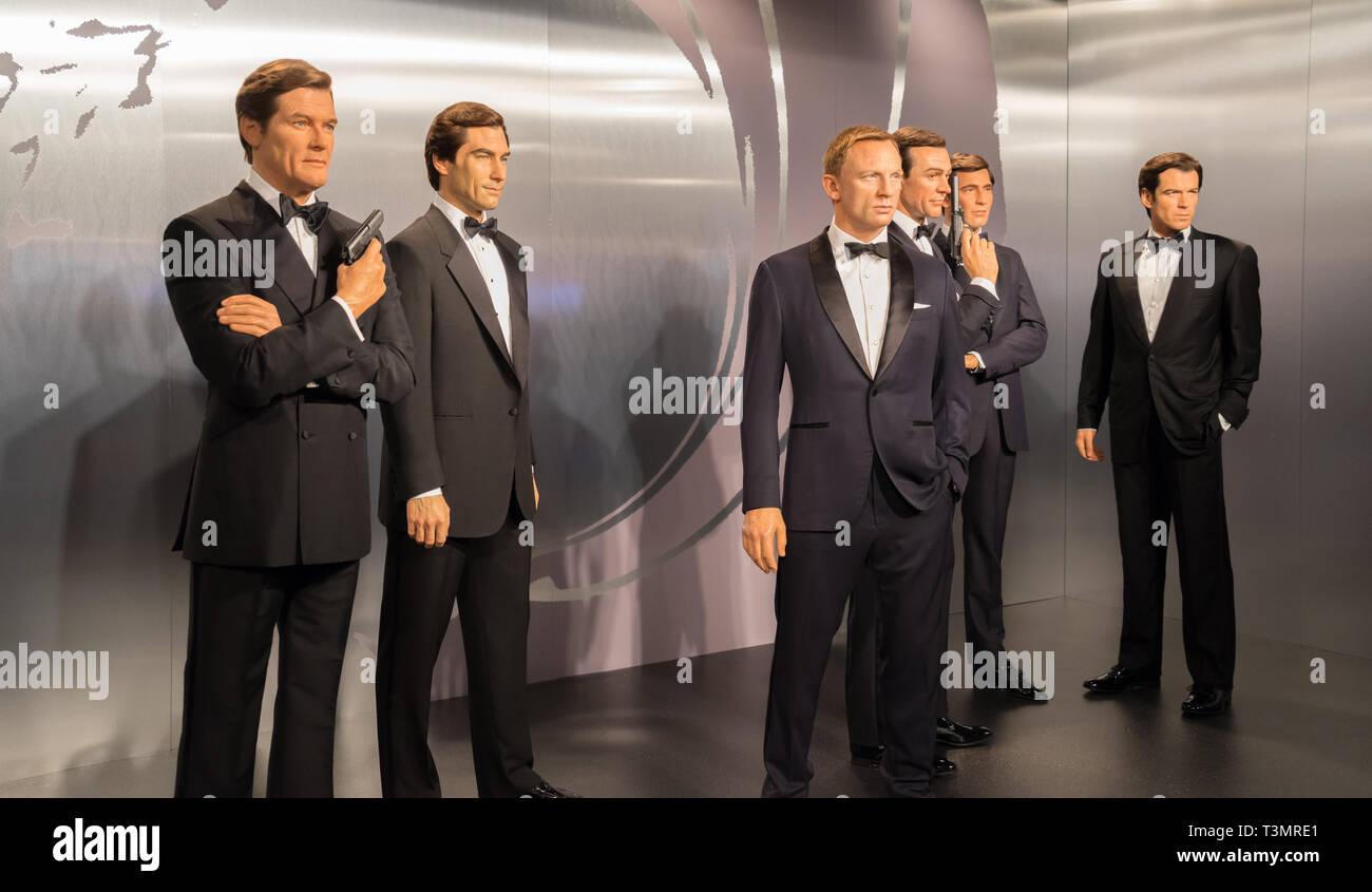 Madame Tussaud S Waxwork Museum All The James Bond Actors